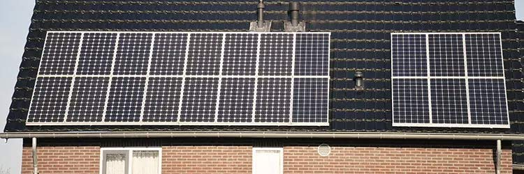 zonnepanelen in Rhoon